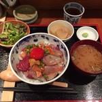 めしの助 - 海鮮丼 ¥1,500-
