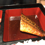 月兎 - 鯖の西京赤味噌煮。