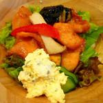 大阪粉もんダイニング くう - ◆チキン南蛮丼①