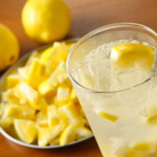 これを飲むべし1【自家製塩レモンサワー】