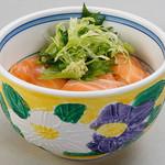 雑魚屋 - ミニサーモン丼