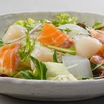 雑魚屋 - 海鮮サラダ