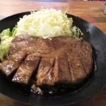 イベリコ豚おんどる焼 裏渋屋 - トンテキ(アップ)