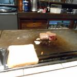 ステーキハウス モーシャトー - 焼き上がり⤴︎
