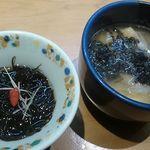 だるま寿司 - 地物の「もずく」&「鱈汁」