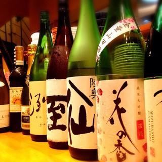 牡蠣や貝料理と相性の良いワイン、地酒を豊富にご用意!