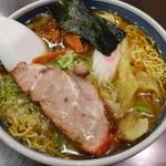 蓬来軒 - ワンタン麺(850円)