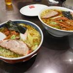 蓬来軒 - 充実の麺類