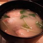 鮨やまと - サービスのお味噌汁