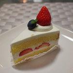 パティスリー タダシ ヤナギ - 料理写真:ショートケーキ