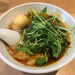 頂マーラータン - 「薬膳スープ春雨(麻辣湯)」720円(具は3品ですが、食べログクーポンで1品追加)