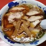 67810868 - 鶏チャーシュー麺(醤油)820円税込