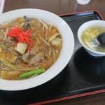 みつわ飯店 - 牛肉ご飯(¥800)