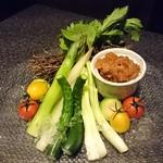 67814055 - 新鮮野菜の盛り合わせ 博多地鶏の肉味噌