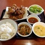中国旬菜房 幸月 - 料理写真:幸月ザンギ定食(800円)