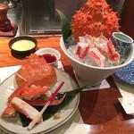 蟹遊亭 - 右タラバガニ刺身 左 カニ酢の味比べ
