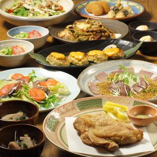 飲み放題付コースも充実♪沖縄料理と鶏料理のコラポ!!