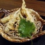 67817176 - 大きなシシャモの天ぷらです。