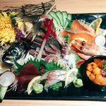 隠れ家個室居酒屋 和歌葉 銀座本店 - 季節鮮魚の御造り 極上7点盛り合わせ