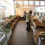 麺工房かたくり - 2011年2月 新鮮な野菜を売ってます