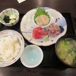 67821038 - 刺身盛り合わせ定食(¥1,030)