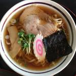 一本杉 - 料理写真:黒しょうゆラーメン税込500円