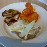 北海道スカイテラス MINORI - 鰤大根、鮭の朴葉味噌、エビチリ