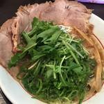 がんたれ - 豚骨と魚介のWスープです♪