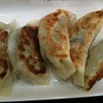 朱鶏麺 - 焼きギョーザ