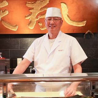 天野功氏(アマノイサオ)―まるで懐石料理のような一貫を