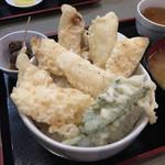 秋葉原旨い魚と焼酎.地酒 美味研鑽 TETSU - 塩天丼