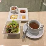 67831597 - 前菜 サラダ スープ