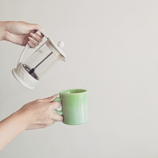 ホットコーヒーをプレスで