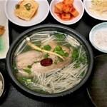韓方薬膳参鶏湯(サムゲタン)☆自家製☆