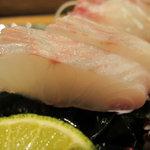 栄寿司 - 鳴門鯛 天然物
