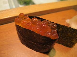 栄寿司 - いくら