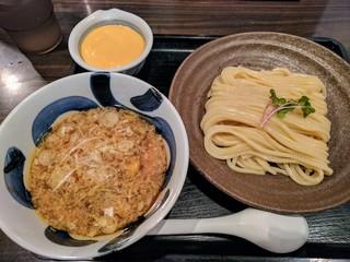三ツ矢堂製麺 高田馬場店 - 濃厚チーズソースつけめん(麺小盛り)