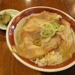 広州市場 - 煮豚飯(アップ)