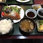 67850149 - チキンカツ定食
