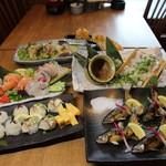 炉端 小次郎 - 金華サバのてまり寿司と炉端炭焼コース 2500円