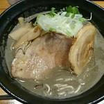 ひな多 - メガ煮干しラーメン(並)