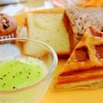グランカフェ - 料理写真:パン類