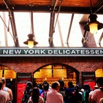 ニューヨーク・デリ - レジ前の大混雑
