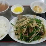 若大将 - レバニラ炒め定食