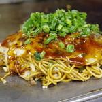 しんちゃんお好み焼 - 料理写真:肉玉そば