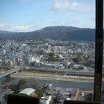 6787188 - 店内からの眺望!東山のなだらかな曲線が素敵です。
