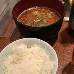 串かつラブリー - ラブリー特製豚汁とライス