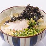 水炊きスープの和風鶏塩ラーメン