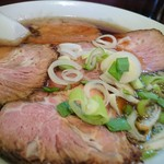 秋山食堂 - チャーシュー麺