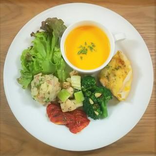 旬野菜やこだわり野菜を使ったSOZAI(そうざい)